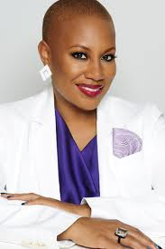 Huetiful Joins Forces with Celeb Stylist Felicia Leatherwood