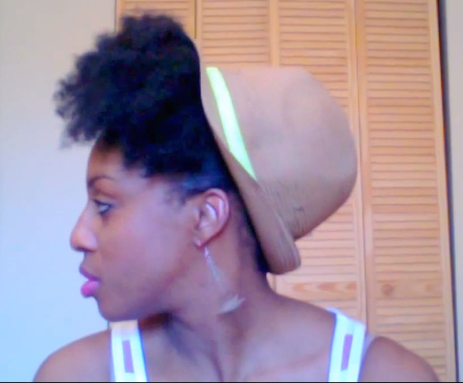 Five Ways to Style Your Natural Hair with a Straw Hat This Summer!